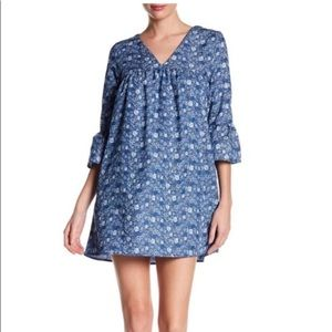 PAINTED THREADS Floral Chambray Bell Sleeve Dress